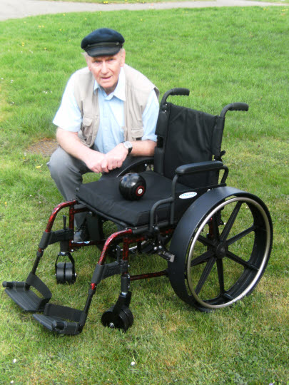 David Salisbury - maker of the Clippie bowls wheelchair